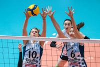 Саманта Фабрис и Ирина Королёва на блоке