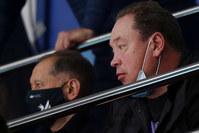 Рустем Сайманов и Леонид Слуцкий на матче волейбольного «Зенита»