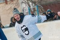 Михаил Сергачёв на турнире по дворовому хоккею в Нижнекамске
