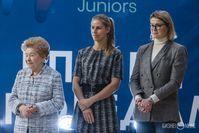 Супруга первого президента России Наина Ельцина, а также теннисистки Елена Дементьева и Динара Сафина
